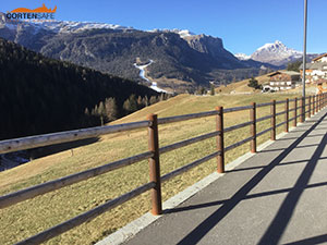 Cortensafe-staccionate-in-acciaio-corten-e-larice-ciclabile-marciapiede-sicurezza-Badia-Bolzano-Trentino-Alto-Adige